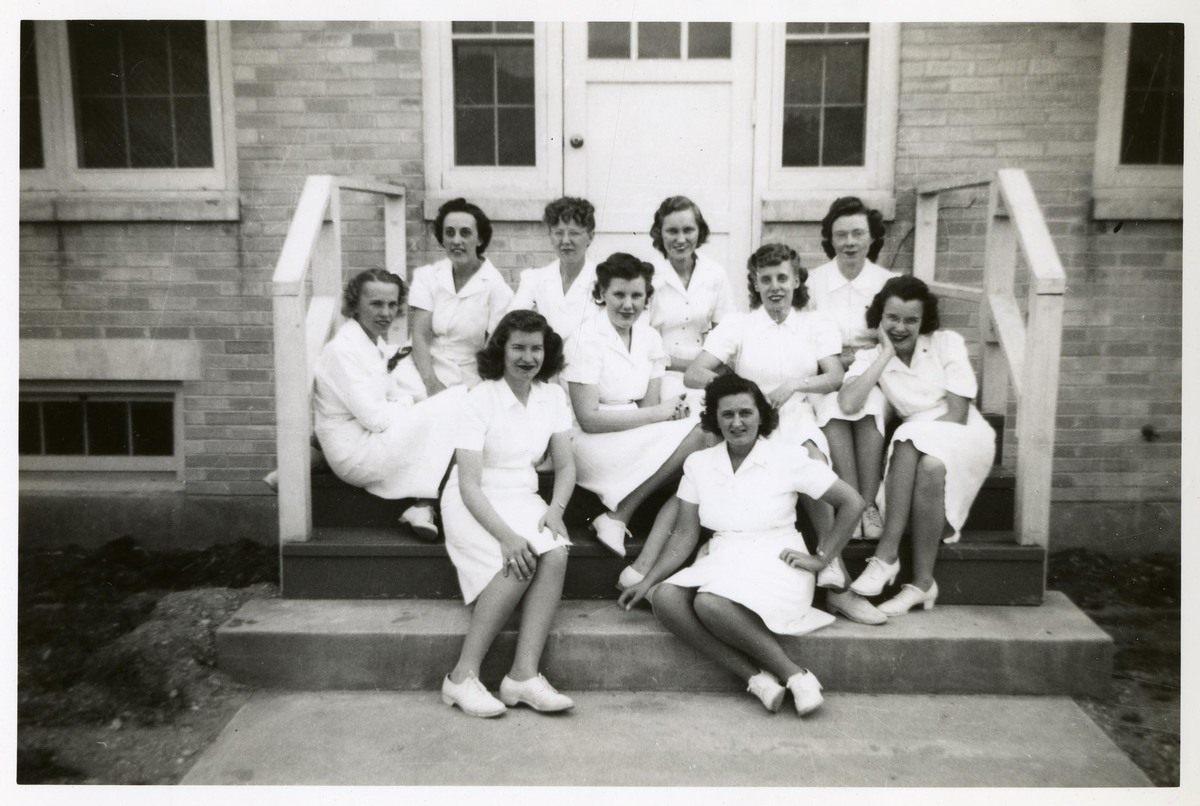 Nurses at Bushnell General Military Hospital