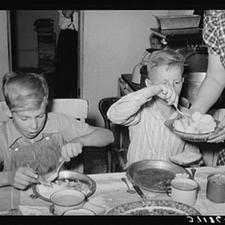 HONRS16group2-Family Eating.png