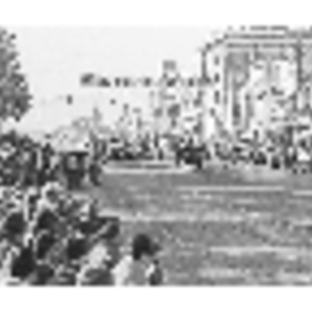 Series of photographs of the Homecoming parade, 1978