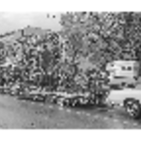 Series of photographs of the Homecoming parade, 1975