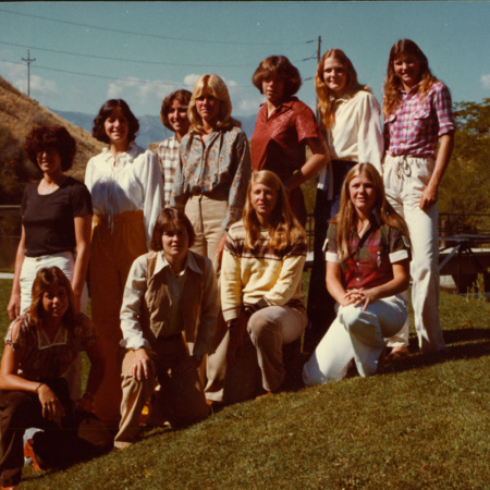 1978_Volleyball_Team.jpg
