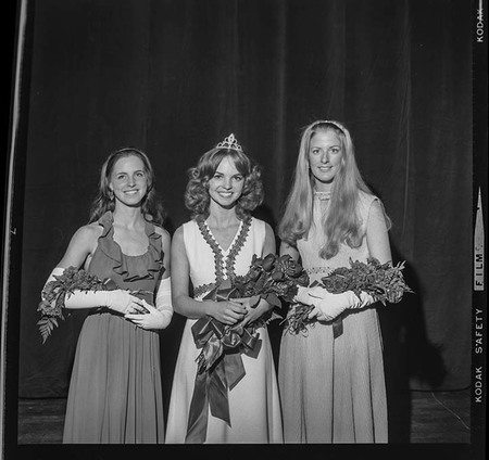 Homecoming queen and attendants, 1972