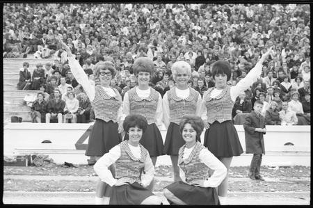 1965 cheerleading squad