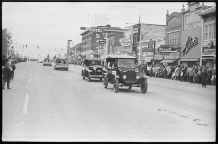 Homecoming parade on Logan's Main Street, 1965